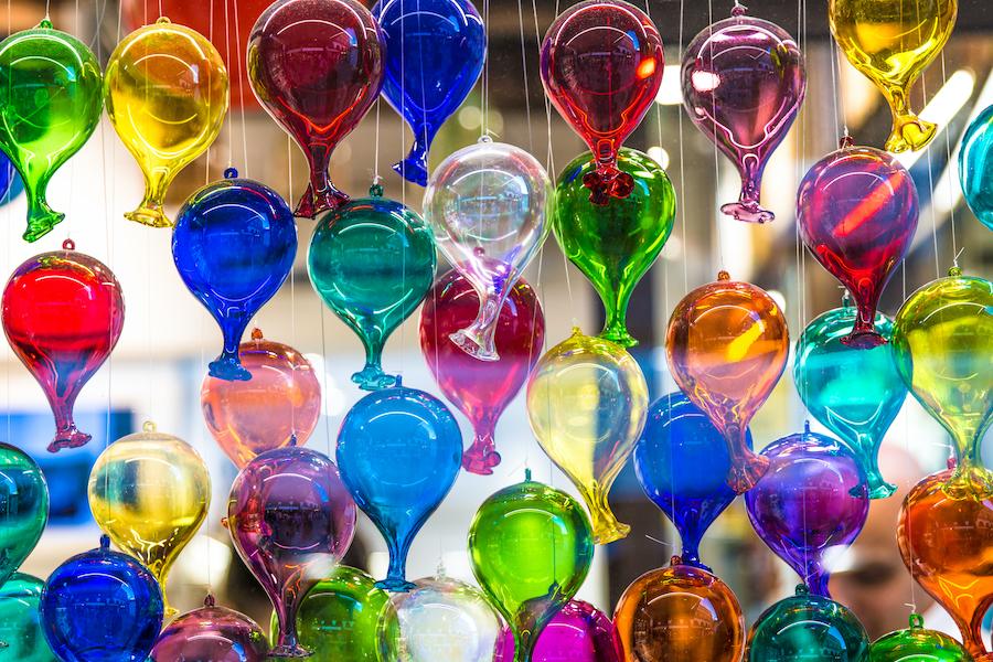 Lampadari in vetro di Murano: dove acquistare l'eccellenza veneziana